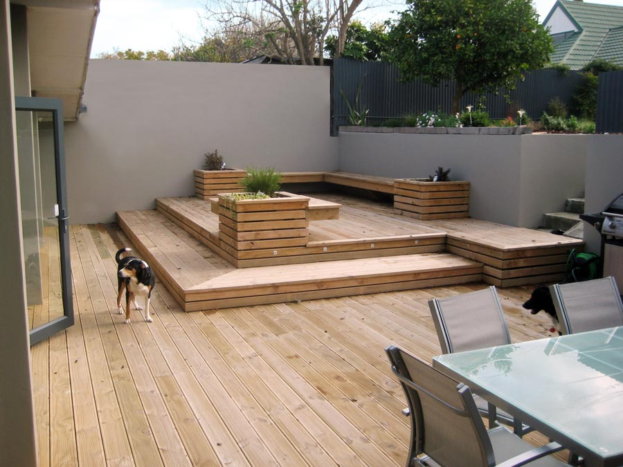 Outdoor Entertainment Area Decking